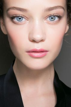 Beauty Tricks Every Allergy Spring Sufferer Should Know