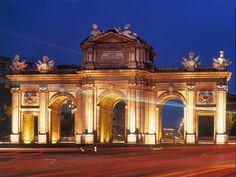 Puerta de Alcalá, España, Madrid, fotos de Puerta de Alcalá en Turismo en Fotos