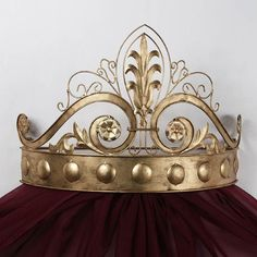 Lamoreaux Wall Teester Bed Crown