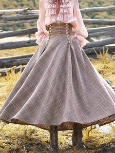 Long Vintage Plaid Skirt - - Pluslookly Casual Dresses 1 Vintage Dresses Daily Casual Dresses Source by Robes Vintage, Vintage Skirt, Vintage Dresses, Vintage Outfits, Vintage Fashion, Pretty Dresses, Sexy Dresses, Fashion Dresses, Elegant Dresses