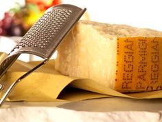 Parmigiano Reggiano | How to taste | It's time to eat Parmigiano Reggiano