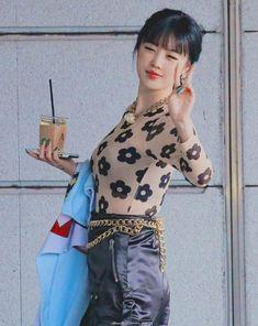 Six Girl, Soo Jin, Take Better Photos, Extended Play, Soyeon, Minnie, Loving U, Short Girls, Pop Group