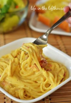 Cheesy Chicken Spaghetti! Simple 30 minute dinner! perfect for busy weeknights - Life In The Lofthouse