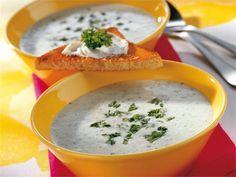 AURA keitto on perinteinen ruoka, joka on parhaimmillaan alkuruokana tuoreen, vaalean leivän kanssa tarjoiltuna.