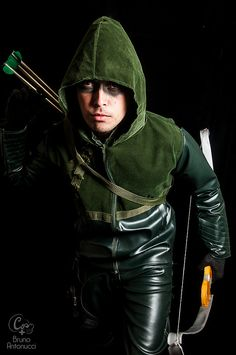 Green Arrow #DC #Cosplay - Anime Pocket 2014