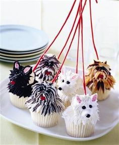 Dog Walk Cupcakes...not sure I could eat them...