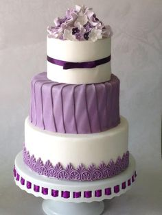 Purple themed cake, with Roses & Hydrangeas