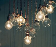 light bulbs, like mason jars, enjoying a renaissance...