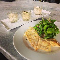 Salad Trio with dressed arugula and homemade saltines Crab Salad, Shrimp Salad, Chicken Salad, Cocktail Restaurant, White Oak Kitchen, Arugula Salad, Brewing, Yummy Food, Homemade