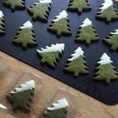 イベント目白押しの冬が到来。プレゼントに手作りクッキーをプラスするのはいかが?ご家庭で楽しむだけでなく、プレゼントにも使える人気のクッキーレシピを集めました。