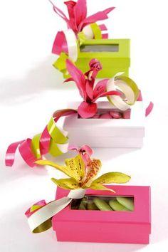 6 Boîtes à Dragées Rectangulaires http://www.decoration-demariage.fr/6-boites-a-dragees-rectangulaires.html