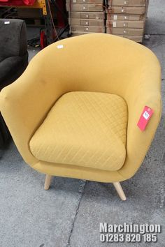 Tub Chair, Accent Chairs, Auction, Furniture, Home Decor, Upholstered Chairs, Decoration Home, Room Decor, Home Furnishings