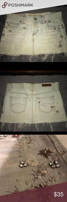 Abercrombie & Fitch Light Denim Skirt Embellished Abercrombie & Fitch denim skirt, size 0 - perfectly embellished, lovely embroidery - brown flowers, sequins - A&F quality product, trouble with letting this one go! Hope someone can love it as much as I did 💕 Abercrombie & Fitch Skirts Mini