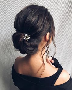 Updo wedding hairstyle , elegant bridal updo haistyle #weddinghairstyle #hairstyles #updstyle #updo