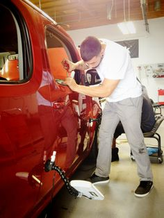 PDR technicians are always in high demand, learn how to perform this service at Rightlook's automotive training center in sunny San Diego, CA. #pdr #pdrtraining #automotivedetailing #automotive