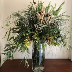 Wedding flowers native australian protea bouquet 68 ideas for 2019 Wedding flow. Home Flowers, Table Flowers, Pretty Flowers, Flower Vases, Spring Flowers, Purple Flowers, Protea Bouquet, Bouquet Flowers, Dried Flowers