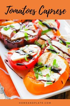 Best Tomato Recipes Tomatoes Caprese Salad Recipe - Home and Plate - A classic Italian salad of sweet tomatoes, creamy mozzarella and fresh picked basil is drizzled with olive oil and balsamic glaze for the ultimate summer side dish. Ensalada Caprese, Tomato Caprese, Tomato Sauce Recipe, Sauce Recipes, Side Salad Recipes, Whole Food Recipes, Vegetarian Recipes, Healthy Recipes, Vegetable Recipes