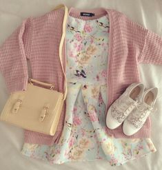 such a cute, girly outfit.