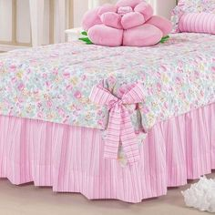 Handmade Bed Sheets, Diy Bed Sheets, King Size Bed Sheets, King Bedding Sets, Bed Sheet Sets, Shabby Chic Quilts, Shabby Chic Furniture, Bedroom Bed, Bedroom Decor