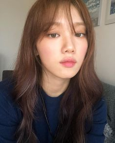 Lee Sung-kyung Is Beautiful on the Daily Lee Sung-Kyung est belle au quotidien Jung So Min, Lee Sung Kyung Photoshoot, Lee Sung Kyung Hair, Lee Sung Kyung Makeup, Lee Sung Kyung Style, Lee Sung Kyung Fashion, Korean Bangs, Korean Actresses, Weight Lifting