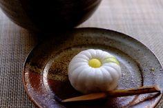 autumn wagashi   山路の菊   lotus-aki   Flickr