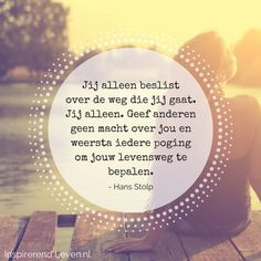 Ingesloten afbeelding Zen Quotes, Happy Quotes, Qoutes, Inspirational Quotes, Happiness Quotes, Note To Self, Self Love, Social Media Quotes, Happy Minds