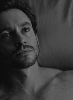Did anyone ever wake up looking as beautiful as this? Will Graham S3