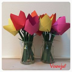 Tulp Paper Flowers Craft, Flower Crafts, Diy For Kids, Crafts For Kids, Arts And Crafts, Pot Of Gold, Candyland, Recycled Materials, Holland