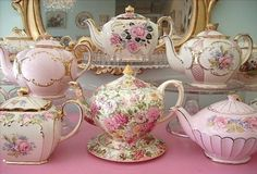 "missingsisterstill: "" want these teapots! """