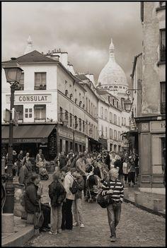 Visiting Montmartre by SchwebagMike