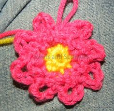 Swirls and Sprinkles: crochet loopy flower free pattern