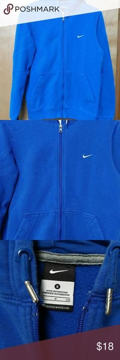 Men's Nike Hoodie Zip Up Great condition. Super bright pretty blue color. Warm and size small. Nike Sweaters