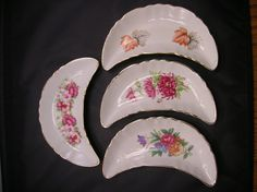 CLEARANCE-Crescent Bone Plates Set of Four with Flowers