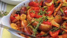 Recette: Saucisses et légumes au four. Sauce, Arts, Baked Vegetables, Vegetable Dish, Fine Dining
