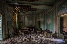 abandonedbehavior: chateuax Aby~BramvdZPhotography