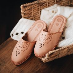 Perfect Summer Slippers are now back in stock! Please remember to enter ONAIE35 to get 35% off! www.onaie.com #handmadewithlove #handmadeslippers #handcrafted #handmadegifts #makersgonnamake #madebyhand #makersgunnamake #handmadelife #buydifferently #interiordesign #homeinspo #favehandmade