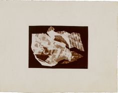 Christian Schad, Schadographie n° 13, 1918 - 1919, Epreuve gélatino-argentique, photogramme, 8,1 x 5,8cm, Papier support: 16,3 x 12,6cm  Centre Pompidou