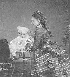 Crown Princess Louise of Denmark with her son, Prince Carl of Denmark circa 1871 Princess Louise, Princess Grace Kelly, Crown Princess Mary, Princess Of Wales, My Princess, Denmark Royal Family, Danish Royal Family, Kingdom Of Denmark, Christian Ix