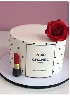 Elegant Birthday Cakes, 14th Birthday Cakes, Beautiful Birthday Cakes, Birthday Cakes For Women, Birthday Ideas, 21st Birthday, Girl Birthday, Bolo Chanel, Chanel Cake