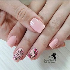 34 bright floral nail designs you should try for spring 2019 032 - Spring Nails Spring Nail Art, Spring Nails, Summer Nails, Light Colored Nails, Light Nails, Cute Nails, Pretty Nails, My Nails, Colorful Nail Designs