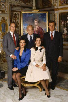 prince rainier avec ses 3 enfants et stephano casiraghi 2eme mari de caroline