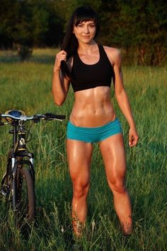 This site is a community effort to recognize the hard work of female athletes, fitness models, and bodybuilders. Sport Motivation, Fitness Motivation, Ripped Girls, Girls With Abs, Hot Girls, Yoga Fitness, Fitness Models, Fitness Women, Female Cyclist