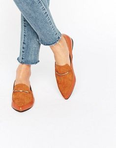 3489518a1049 London Rebel - Chaussures plates hautes à bout pointu Tan Flats