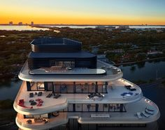 8 of the most ridiculously expensive home sales of 2015