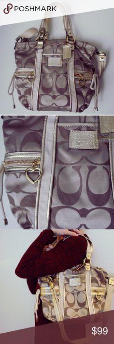 Coach bag Pretty coach bag Bags