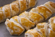 Peynirli Milföy Böreği #borek http://www.gulceunsal.com/peynirli-milfoy-boregi/