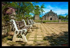 Paoay Church, also known as The St. Augustine Church in Paoay is a historical church located in Paoay, Ilocos Norte, Philippines Holiday Destinations, Vacation Destinations, Ilocos Norte Philippines, Old Churches, Church Building, Group Tours, White Sand Beach, Pilgrimage, Seas