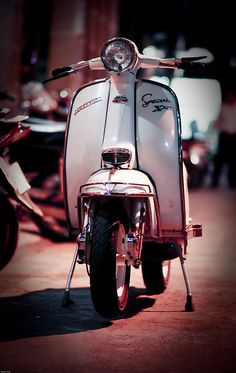 lambretta 200cc lis, oh how I miss my old lammy, time to buy a new one