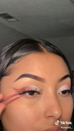 Edgy Makeup, Glamour Makeup, Eye Makeup Art, Dramatic Makeup, Dark Makeup, Skin Makeup, Natural Makeup, Eye Makeup Steps, Eyebrow Makeup