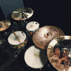 Been playing with these new TRX cymbals a lot. Hm... Maybe it's time to clean them up a bit. #trx #trxcymbals #vf15 #vicfirth #remo #dwdrums #thedrummerschoice #vsco #vscocam by eb_pro_drumming